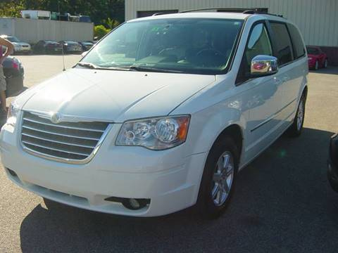 2010 Chrysler Town and Country for sale in Seabrook, NH