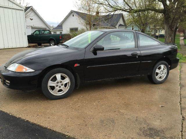 2002 chevrolet cavalier ls 2dr coupe in janesville mn car dude 2002 chevrolet cavalier ls 2dr coupe in