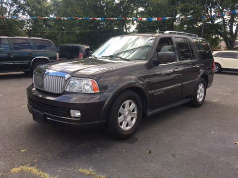 2005 Lincoln Navigator for sale in Patchogue, NY