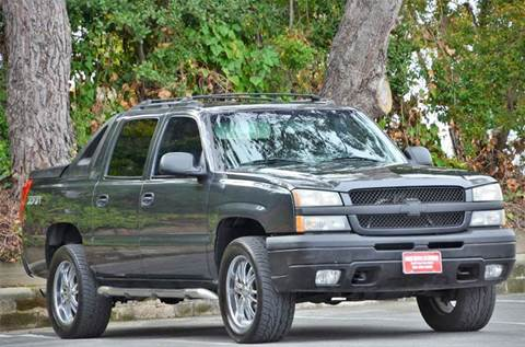 2003 Chevrolet Avalanche for sale at Brand Motors llc - Belmont Lot in Belmont CA