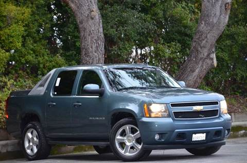 2009 Chevrolet Avalanche for sale at Brand Motors llc - Belmont Lot in Belmont CA