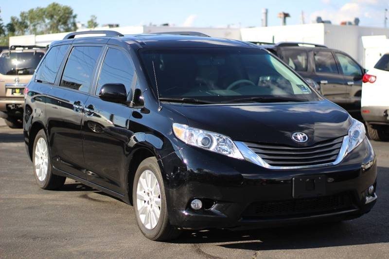2014 Toyota Sienna AWD Limited 7-Passenger 4dr Mini-Van - Indianapolis IN