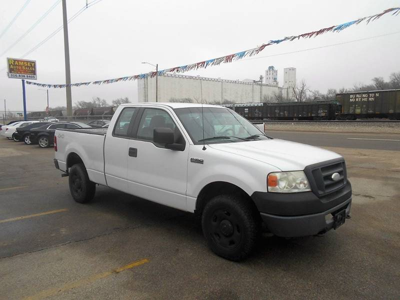 2006 Ford F-150 XL 4dr SuperCab 4WD Styleside 6.5 ft. SB - Wichita KS