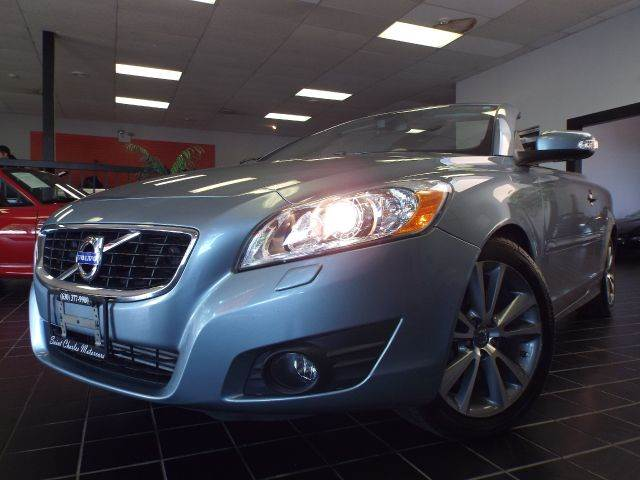 2011 Volvo C70 for sale at SAINT CHARLES MOTORCARS in Saint Charles IL