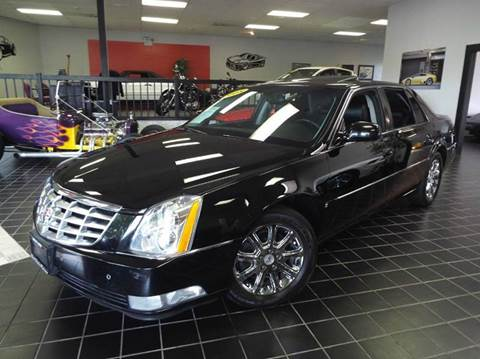2008 Cadillac DTS for sale at SAINT CHARLES MOTORCARS in Saint Charles IL