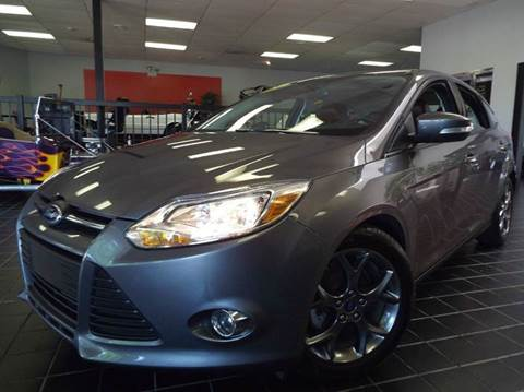 2014 Ford Focus for sale at SAINT CHARLES MOTORCARS in Saint Charles IL