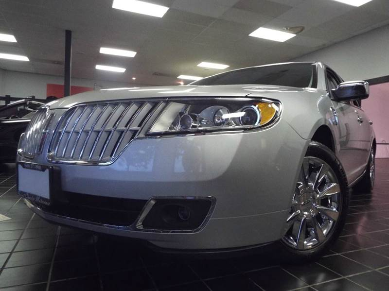 2012 Lincoln MKZ Hybrid for sale at SAINT CHARLES MOTORCARS in Saint Charles IL