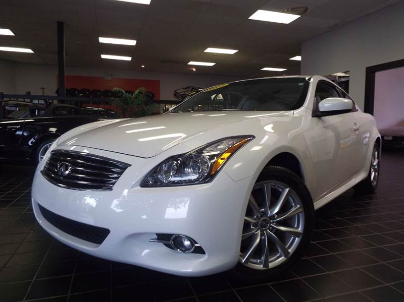 2012 Infiniti G37 Coupe for sale at SAINT CHARLES MOTORCARS in Saint Charles IL