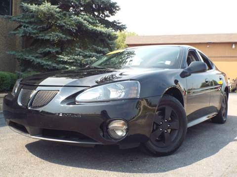 2008 Pontiac Grand Prix for sale at SAINT CHARLES MOTORCARS in Saint Charles IL