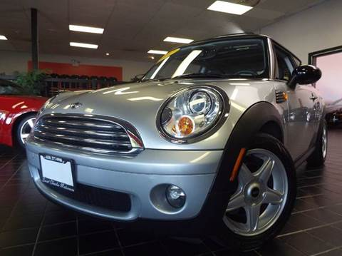 2007 MINI Cooper for sale at SAINT CHARLES MOTORCARS in Saint Charles IL
