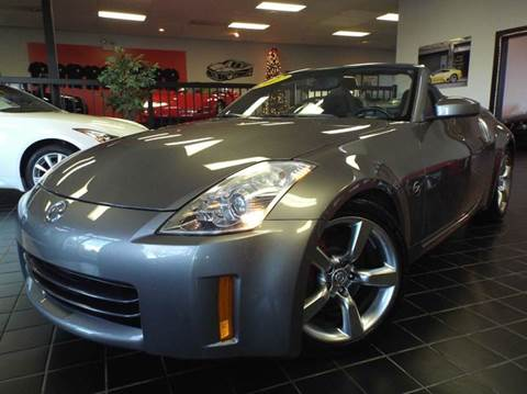 2007 Nissan 350Z for sale at SAINT CHARLES MOTORCARS in Saint Charles IL
