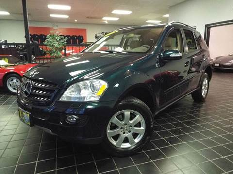 2006 Mercedes-Benz M-Class for sale at SAINT CHARLES MOTORCARS in Saint Charles IL