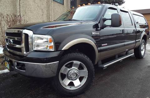 2006 Ford F-250 Super Duty for sale at SAINT CHARLES MOTORCARS in Saint Charles IL