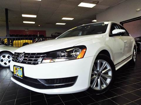 2012 Volkswagen Passat for sale at SAINT CHARLES MOTORCARS in Saint Charles IL