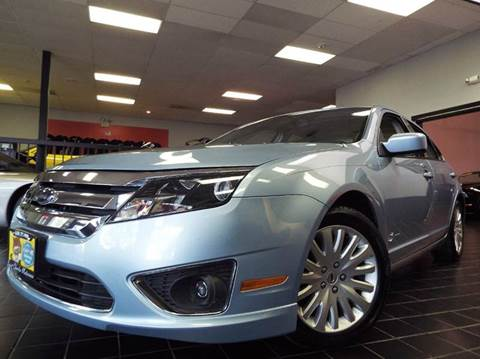 2010 Ford Fusion Hybrid for sale at SAINT CHARLES MOTORCARS in Saint Charles IL
