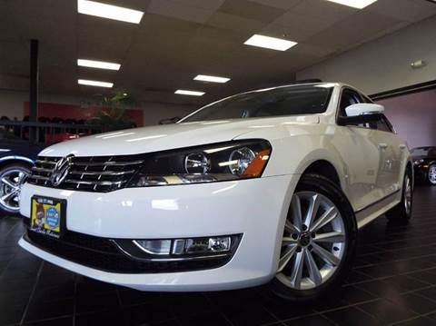 2013 Volkswagen Passat for sale at SAINT CHARLES MOTORCARS in Saint Charles IL