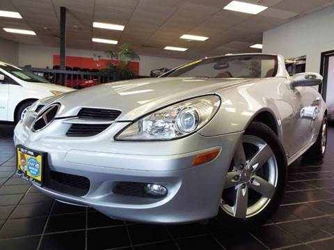 2006 Mercedes-Benz SLK for sale at SAINT CHARLES MOTORCARS in Saint Charles IL