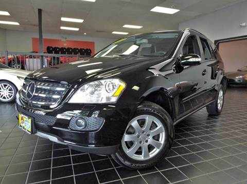 2007 Mercedes-Benz M-Class for sale at SAINT CHARLES MOTORCARS in Saint Charles IL