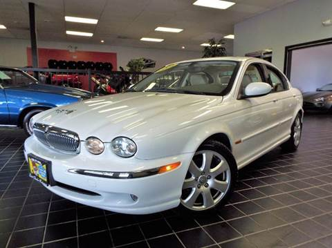 2004 Jaguar X-Type for sale at SAINT CHARLES MOTORCARS in Saint Charles IL