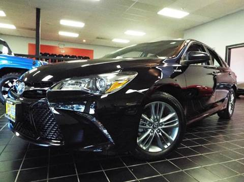 2015 Toyota Camry Hybrid for sale at SAINT CHARLES MOTORCARS in Saint Charles IL