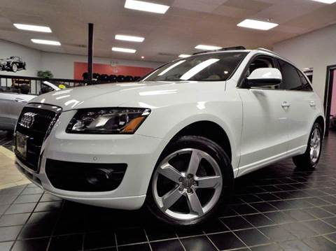 2010 Audi Q5 for sale at SAINT CHARLES MOTORCARS in Saint Charles IL
