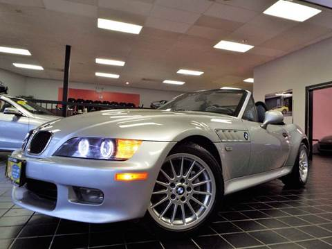 2000 BMW Z3 for sale at SAINT CHARLES MOTORCARS in Saint Charles IL