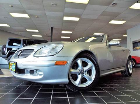 2003 Mercedes-Benz SLK for sale at SAINT CHARLES MOTORCARS in Saint Charles IL