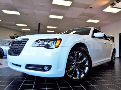 2014 Chrysler 300 for sale at SAINT CHARLES MOTORCARS in Saint Charles IL