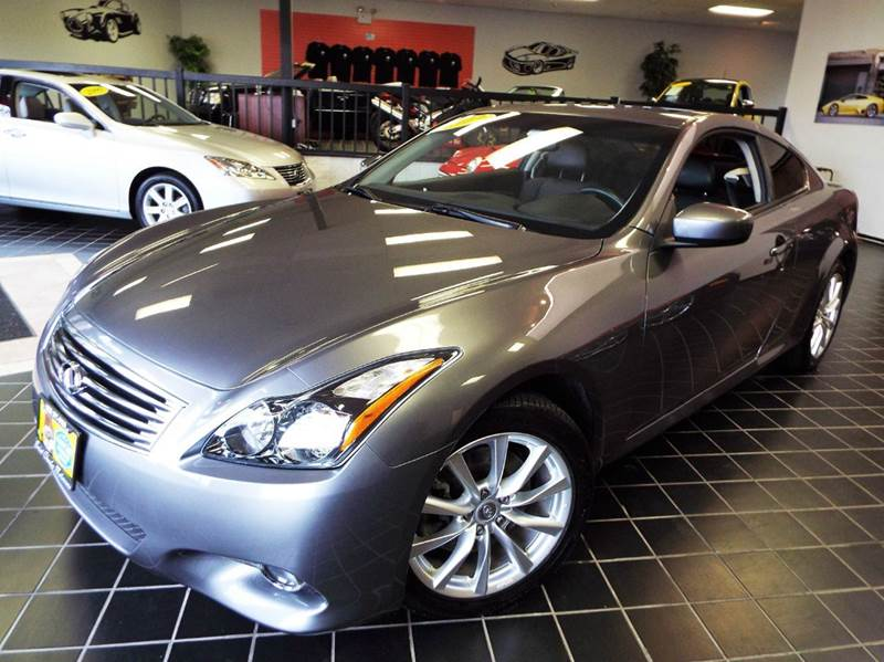 2013 Infiniti G37 Coupe for sale at SAINT CHARLES MOTORCARS in Saint Charles IL