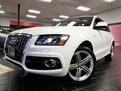 2011 Audi Q5 for sale at SAINT CHARLES MOTORCARS in Saint Charles IL