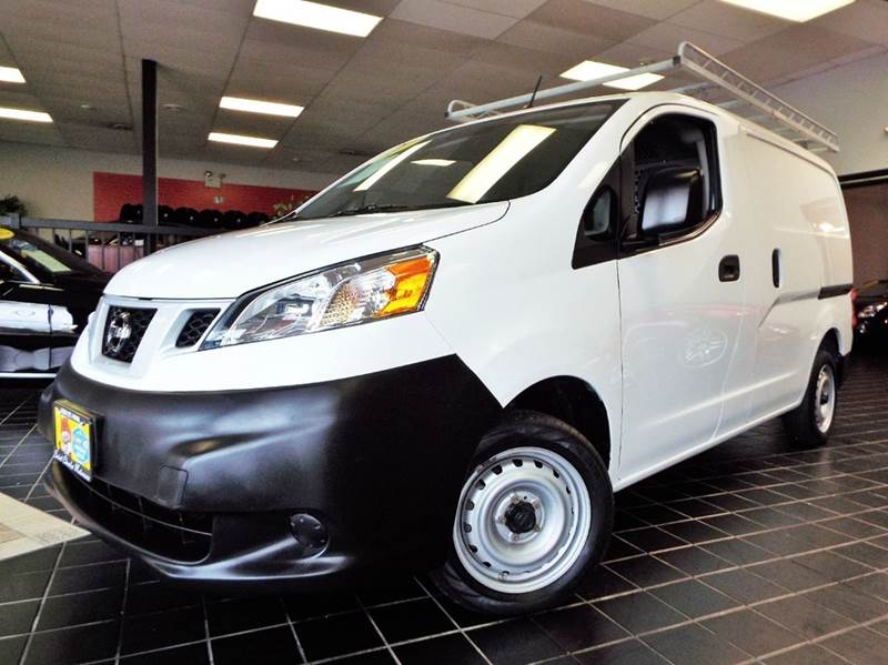 2014 Nissan NV200 for sale at SAINT CHARLES MOTORCARS in Saint Charles IL