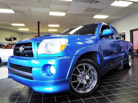 2006 Toyota Tacoma for sale at SAINT CHARLES MOTORCARS in Saint Charles IL