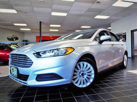 2014 Ford Fusion Hybrid for sale at SAINT CHARLES MOTORCARS in Saint Charles IL