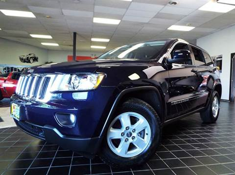 2012 Jeep Grand Cherokee for sale at SAINT CHARLES MOTORCARS in Saint Charles IL