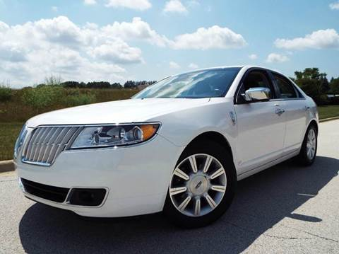 2010 Lincoln MKZ for sale at SAINT CHARLES MOTORCARS in Saint Charles IL