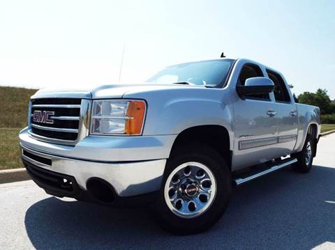 2013 GMC Sierra 1500 for sale at SAINT CHARLES MOTORCARS in Saint Charles IL