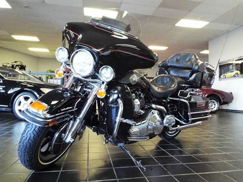 2002 Harley-Davidson Ultra Classic Electra Glide for sale at SAINT CHARLES MOTORCARS in Saint Charles IL
