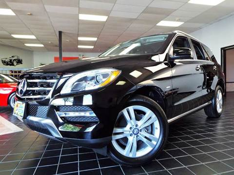 2012 Mercedes-Benz M-Class for sale at SAINT CHARLES MOTORCARS in Saint Charles IL