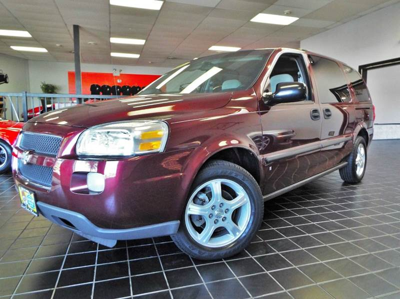 2007 Chevrolet Uplander for sale at SAINT CHARLES MOTORCARS in Saint Charles IL