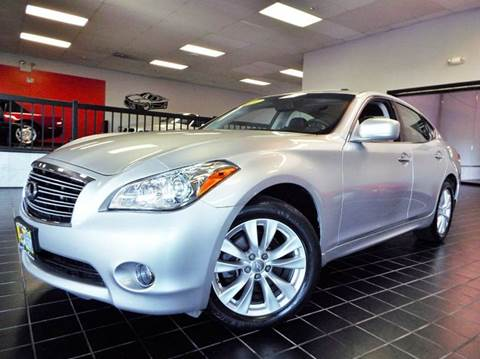 2011 Infiniti M37 for sale at SAINT CHARLES MOTORCARS in Saint Charles IL