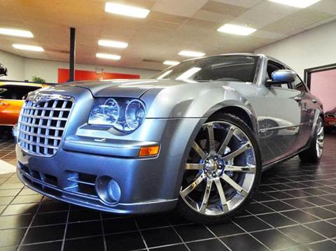 2006 Chrysler 300 for sale at SAINT CHARLES MOTORCARS in Saint Charles IL