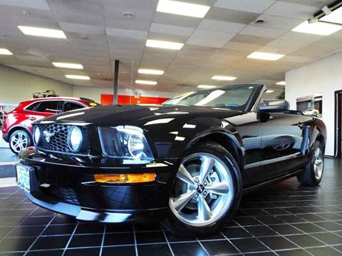 2007 Ford Mustang for sale at SAINT CHARLES MOTORCARS in Saint Charles IL
