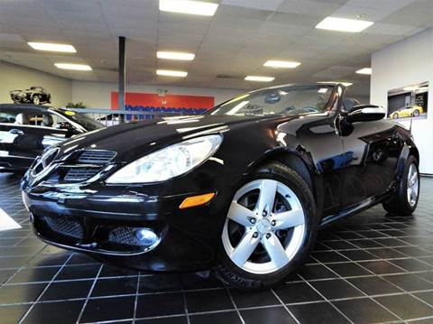 2007 Mercedes-Benz SLK for sale at SAINT CHARLES MOTORCARS in Saint Charles IL