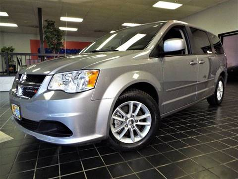 2016 Dodge Grand Caravan for sale at SAINT CHARLES MOTORCARS in Saint Charles IL