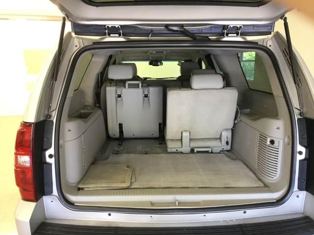 2007 Chevrolet Suburban LT 1500 4dr SUV 4WD - Quincy MI
