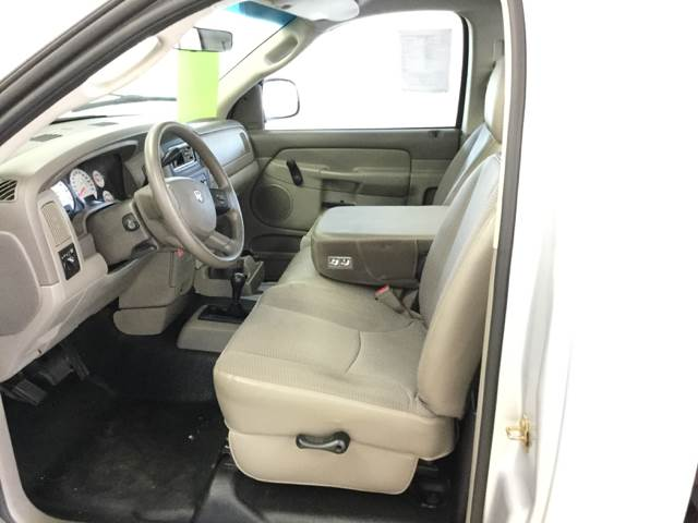 2004 Dodge Ram Pickup 1500 2dr Regular Cab Laramie 4WD SB - Quincy MI