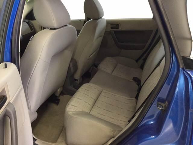 2010 Ford Focus SE 4dr Sedan - Quincy MI