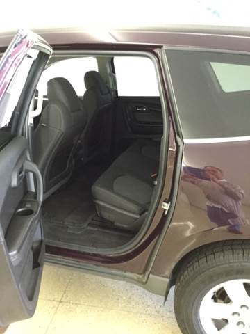 2009 Chevrolet Traverse AWD LT 4dr SUV w/2LT - Quincy MI
