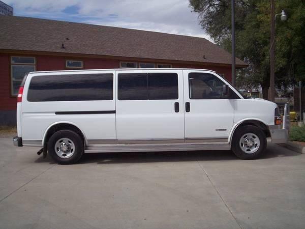 2005 Chevrolet Express Passenger 3500 LS 3dr Extended Passenger Van