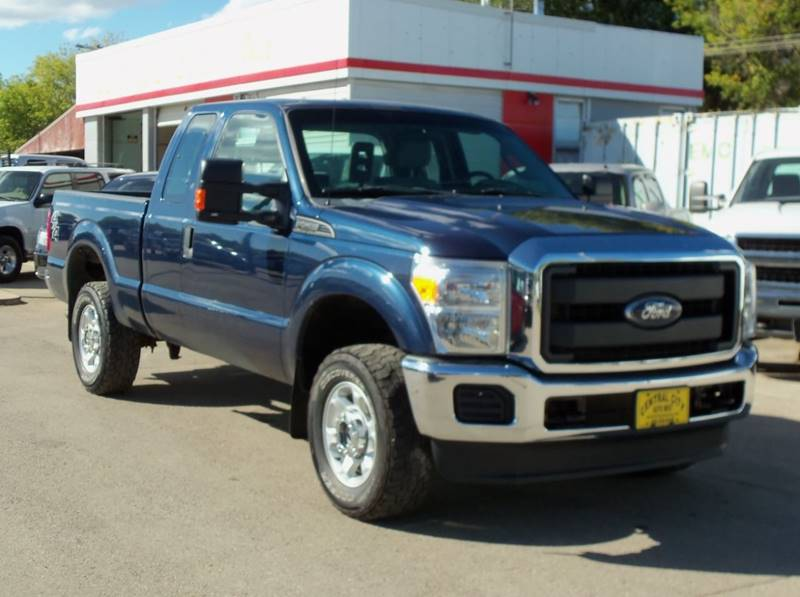 2015 Ford F-250 Super Duty XL 4x4 4dr SuperCab 6.8 ft. SB Pickup